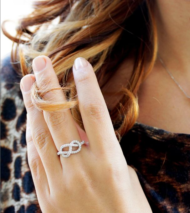 Diamond infinity knot ring from @sillyshiny.