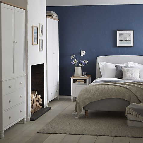 Give your bedroom a warm and relaxed feel with furniture from the Skye range. Featuring a beautifully upholstered bedstead and ottoman, in a versatile muted grey colourway.