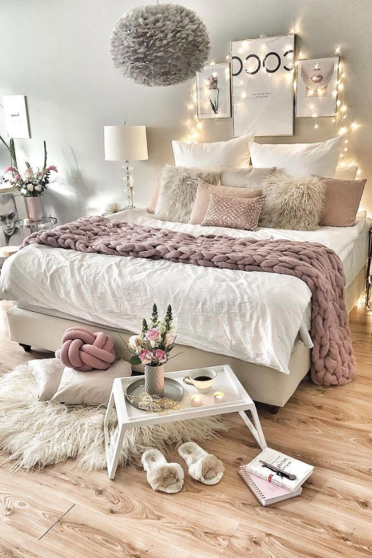 A rustic bedroom will make use of neutral color, w…
