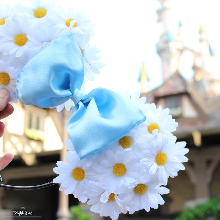 DIY Disney Minnie Ears // Oreilles de Minnie Disneyland Paris // Disney World // Outfit idea