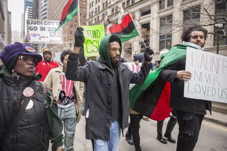 Students at predominantly Black Chicago State University have started public protests urging the Illinois legislature to fund their university. According to the Chicago Sun-Times, Chicago State University has been crippled by the state legislature's inability to pass a budget. Republican Gov. Bruce Rauner has been in an eight-month standoff with the Democratic-controlled General Assembly. According …