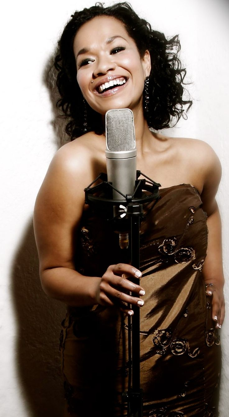 Denay Willie is a wonderful, professional jazz vocalist who can do a variety of music genres from jazz to pop to dance. She has a wonderful stage presence and has sung at many top venues, worked with the best in the industry and won various awards.  To book Denay Willie for your event please contact us on 021 433 2563/admin@visualmc.co.za or visit our website http://www.visualmc.co.za/