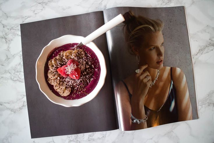 Emmy's Life - DELICIOUS ACAI BOWL http://emmys.life/2015/november/delicious-acai-bowl-2.html