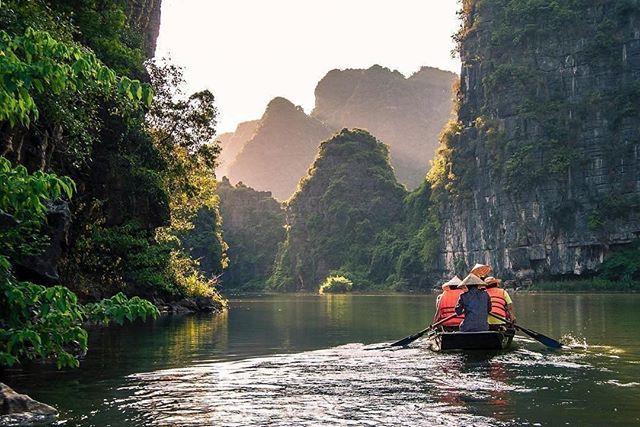 Ninh Binh – Trockene Halong Bucht  Fotonachweis: @raphtravels  #ninhbinh #vietna… – Asiatica Travel Deutsch