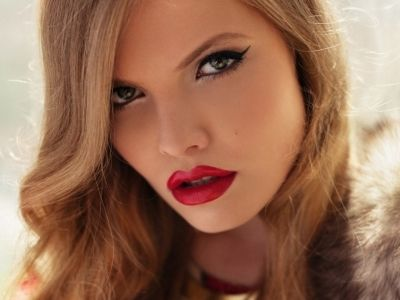 7 Best MAC Lipsticks You've Got to Own ... - Makeup [ more at http://makeup.allwomenstalk.com ] There is nothing more feminine and sexy than a drop-dead gorgeous pout created by the best MAC lipstick shades for all occasions. Whether you are going out on a date, or wanting to look fresh and natural at a wedding, all seven of these hues will accentuate your skin tone, play up your eyes, and complete your look. These best MAC lipstick shades are true c... #Makeup #Best #Skin #Mac #Lipstick…