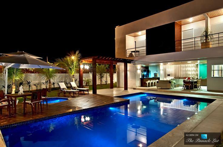 Atenas 038 House – Goiânia, Goiás, Brazil ➤ http://thepl.me/12zCPLu