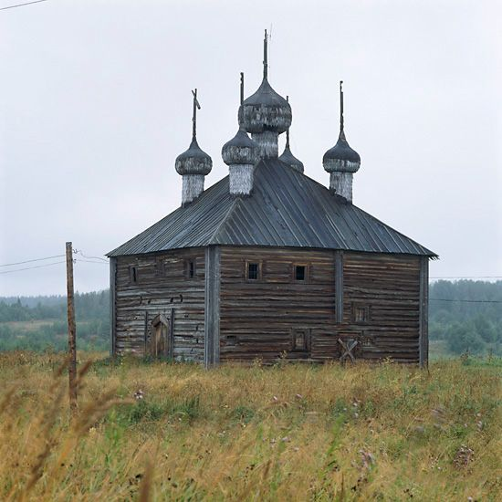 wooden-churches-north-russia-architecture-vologda-province-19th-century-richard-davies-steeple.jpg 550×550 pixels