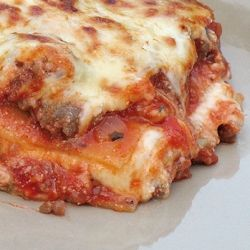 Lasagna - Am I the only one that thinks this would be a great second option as a Christmas entree?