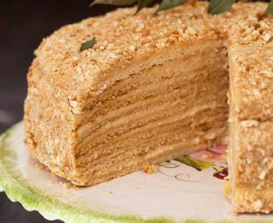 """""""medovik"""" – russian honey cake"""