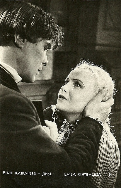 Eino Kaipainen (1899-1995) and Laila Rihte (1912-1985) in the Finnish film Pohjalaisia (Yrjö Norta & T.J. Särkkä 1936). It was Kaipainen's debut as an actor; Rihte had acted in a handful of films before but it was her breakthrough as female lead of the film. The two would be paired again in a few more films in the late 1930s and 1940s. Pohjalaisia was based on a musical play of 1914, written by Artturi Järviluoma, which had already resulted in a silent film version in 1925.