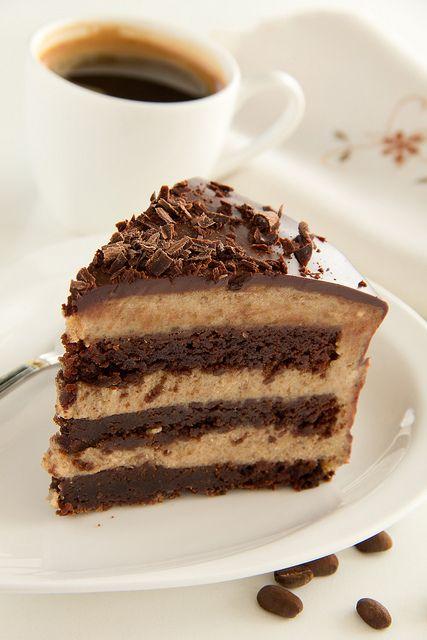 Шоколадный торт-брауни с каштановым кремом. - Люблю готовить.