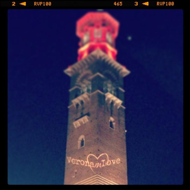 Torre dei Lamberti #VeronainLove #seamiqualcuno portalo a Verona!