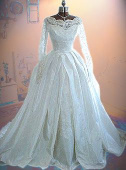 ~Vintage 1950s Wedding Dress~