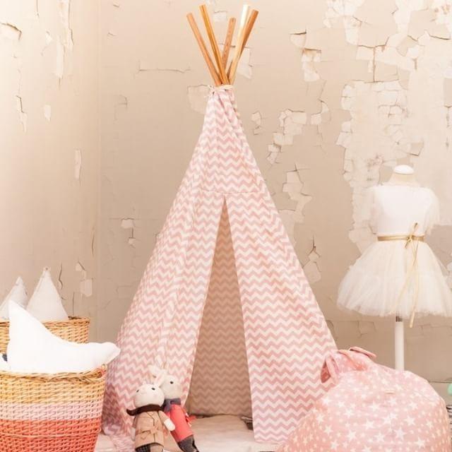 y tambin en rosa tenemos el tipi de chevron y el de estrellas rebajados en nuestra - Fiestas Y Cumples