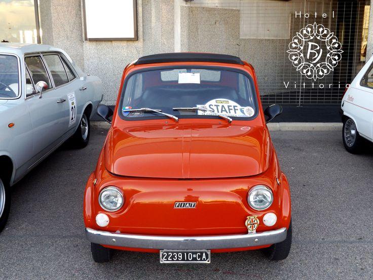 www.hotelbjvittoria.it  raduno macchine antiche. #italy #500 #cagliari #hotelbjvittoria.it #