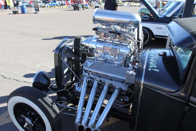 Crazy Wild Classic Truck Engine Choices Ruled Goodguys Show - Hot Rod Network