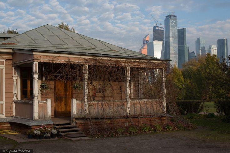 Деревянный дом при церкви Покрова в Филях