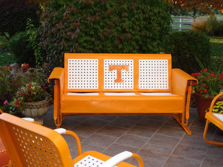 Tennessee Party ideas _ I REALLY want this!! We have an old one like this!