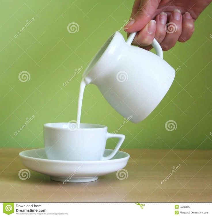 Milk with a coffesup and jug