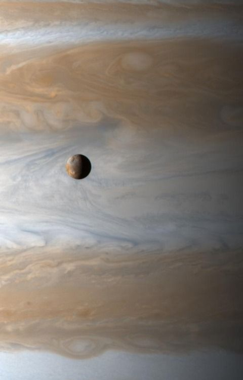 Just a little bit of astronomical magnificence for your day -...