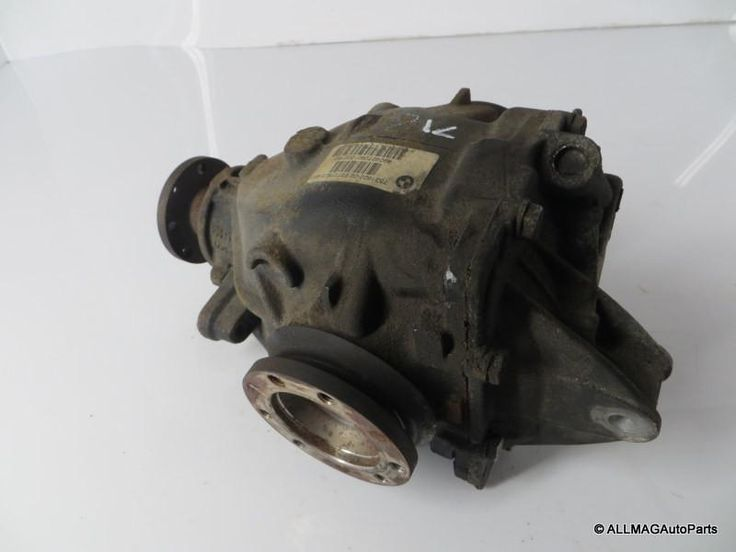 01-05 BMW 325xi/330xi AWD Automatic Rear Differential 3.46 71 33107531622 E46