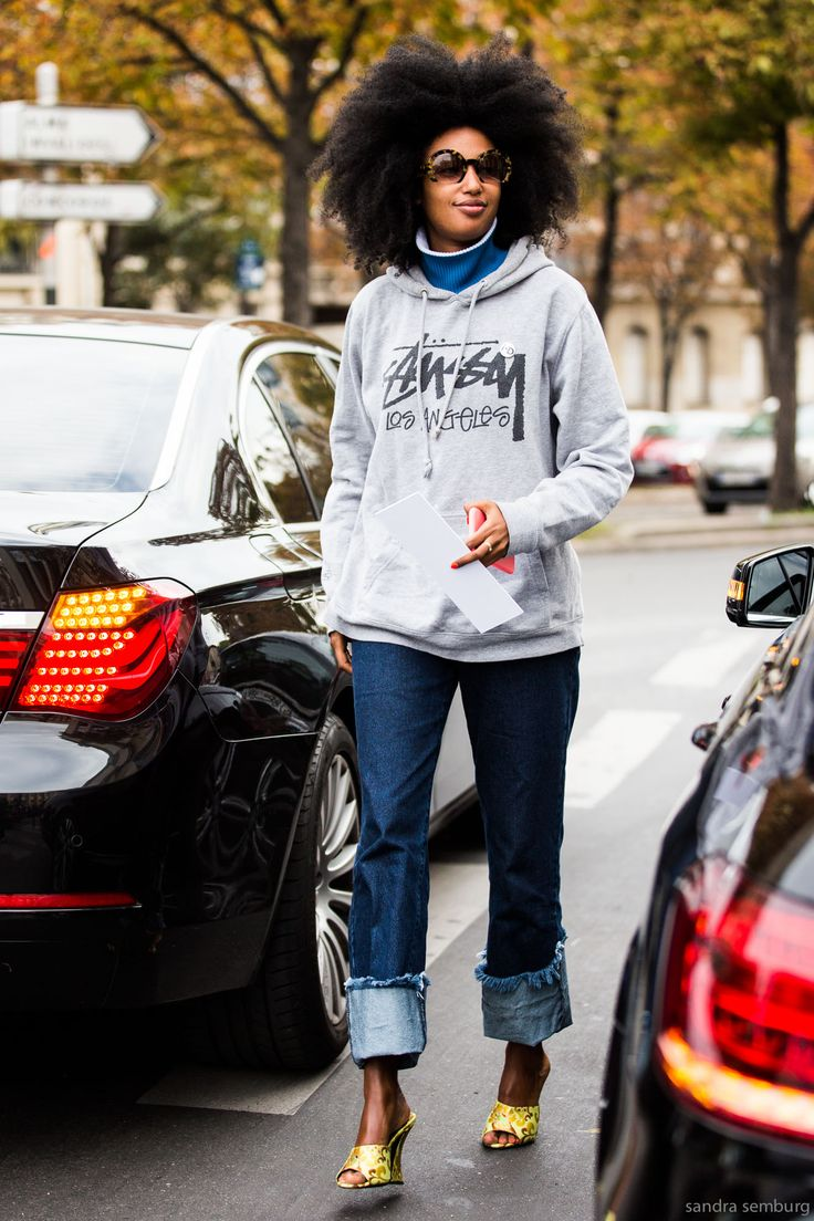 Paris Fashion Week, Street Style #streetstyle #fashion #pfw: