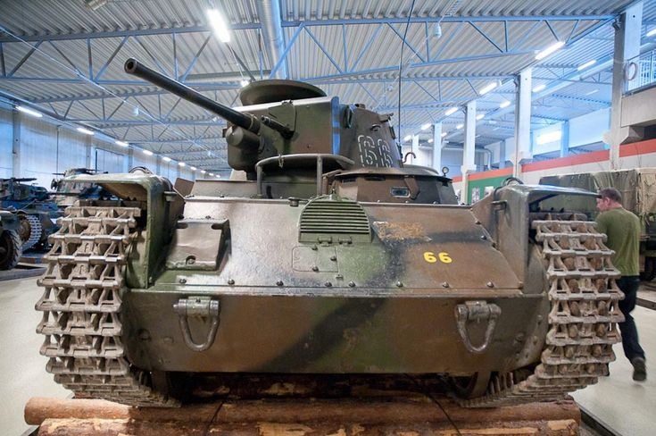 The L-60 eventually evolved into the Stridsvagn m/38 and subsequent Stridsvagn m/39 and Stridsvagn m/40 and was adopted by the Swedish army as such