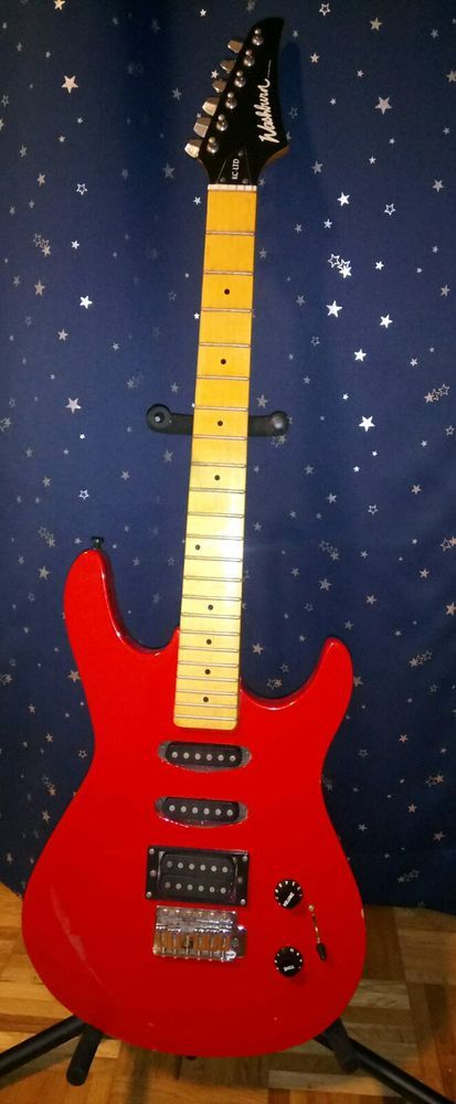 used washburn electric guitar needs minor repair. Great guitar for little fix. #washburn