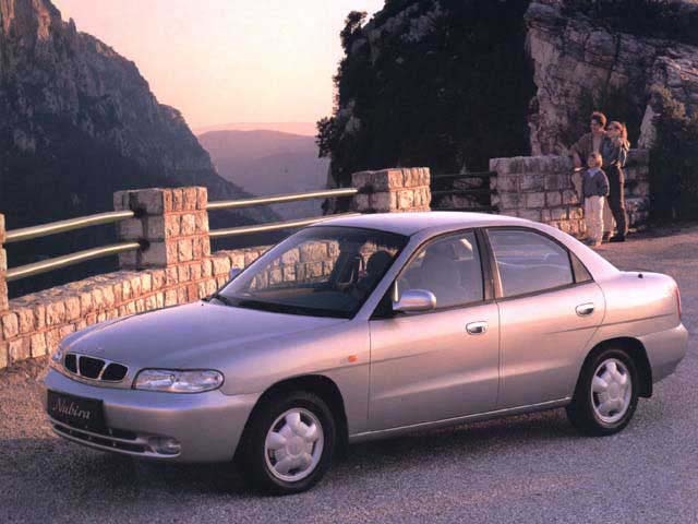 Daewoo Nubira 16 Sedan