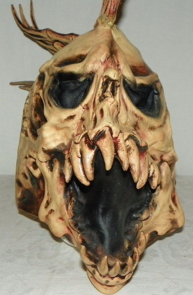 Adult Ghoulish Scary Alien Mask with Spikes Halloween Costume Mask One Size