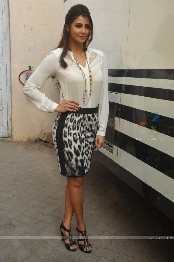 Daisy Shah : Daisy Shah at the Promotion of 'Jai ho'