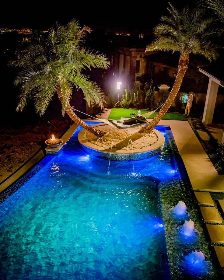 Piscina 💙 Casas de luxo Jardins de casas