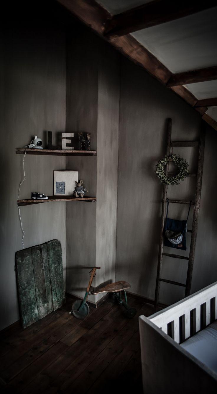 Landelijke Babykamer Met Oude Panelen Van Hoffz