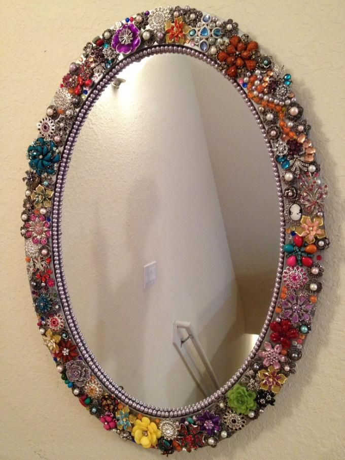 Beaded mirror jewelry craft ideas pinterest crafts for Small round craft mirrors