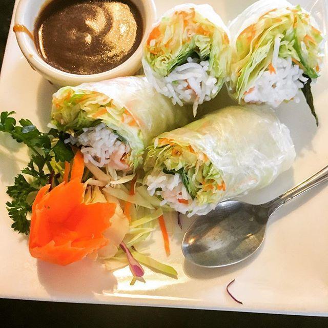 Spring rolls @ Siam Garden Thai Restaurant! #springrolls #yum  #siamgardenthairestaurant #thai #food #foodie #stpete #stpetefood #tampabay #tampafoodie #อาหาร  #อาหารไทย #ประเทศไทย #welivetoeat #foodiesforever #foodporn