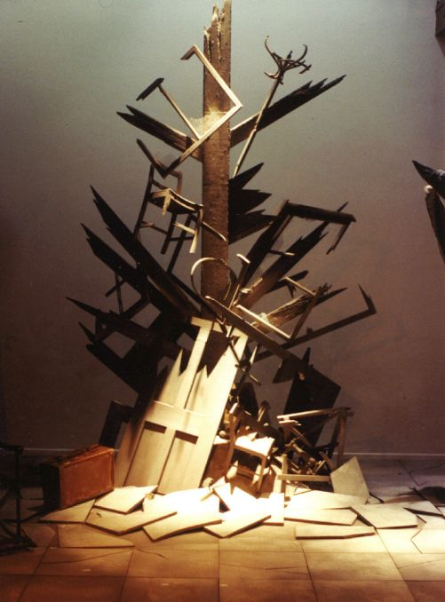 Not About Heroes. Horseshoe Theatre Company. Scenic design by Elroy Ashmore. 1992