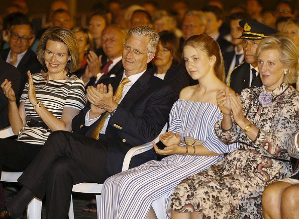 Queen Mathilde, King Philippe, Crown Princess Elisabeth, Princess Astrid and Prince Lorenz of Belgium attended the firework show held for National Day of Belgium in the evening of July 21, 2017, Friday in Brussels.