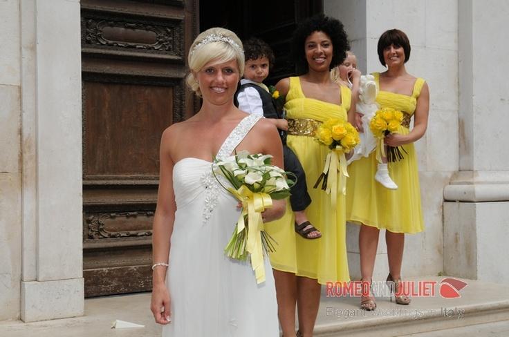 Cheery yellow wedding in Sorrento