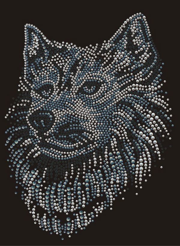Wolf Iron On Rhinestud Motif
