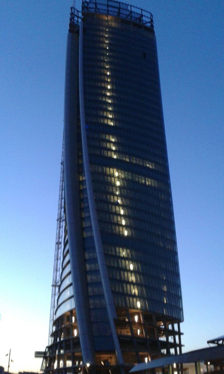 #TorreHadid #LoStorto #ZahaHadid #CityLife #ParcoPortello #TreTorri #Milano
