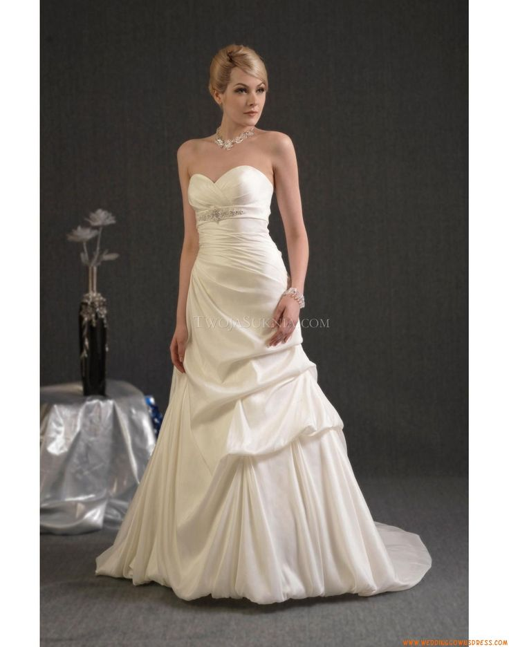 Buy Wedding Dress Venus Angel Tradition 2011 At Cheap Price