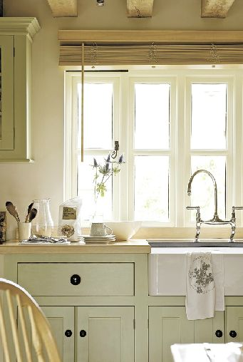 Sink envy. And the pale green cabinets.
