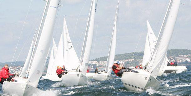 Sailing H Boat