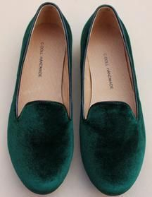 ---I'm not ever needy for shoes, but I would stalk these green velvet flats. drive past their apartment obsessively, like a creep.... need in burgundy and blue as well. or I will die. most likely.
