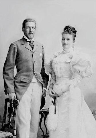 Suas Altezas Reais D. Filipe e D. Maria Dorothea, os Duques de Orleães, em 1896.  Editorial: Real Lidador Portugal Autor: Rui Miguel