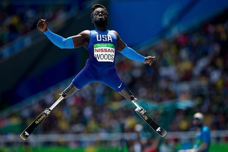 Paralympische Höchstleistung: Regas Woods aus den USA beim Weitsprung.