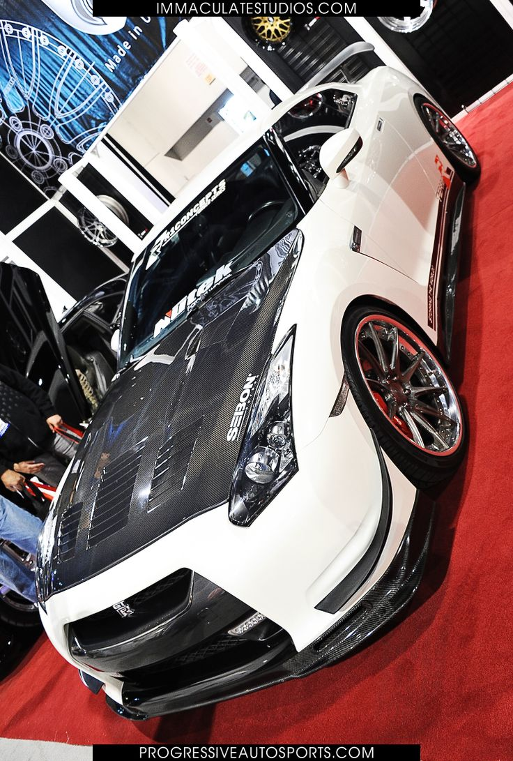 Pin by IS Photography on SEMA SHOW 2013 Car show, Sports