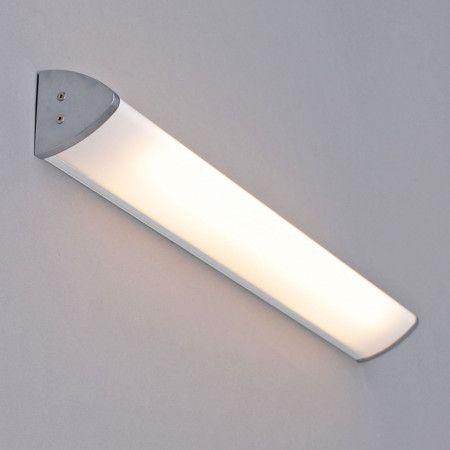 die besten 25 badezimmer wandlampe ideen auf pinterest h m badezimmer duschglaswand und. Black Bedroom Furniture Sets. Home Design Ideas