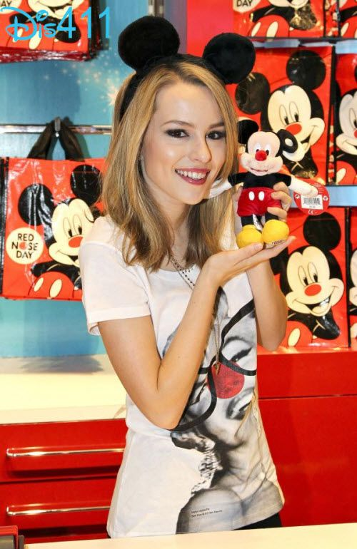 Bridgit Mendler To Live Chat March 11, 2013