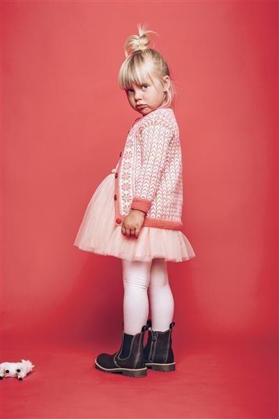 """Tema 38: Modell 15 """"Ellen Christine"""" kofte #norsk #klassiker #strikk #knit"""